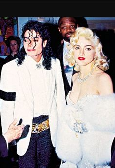 {• wanna hear a nasty, ruthless Madonna story? look up why Michael Jackson broke up with her. •}