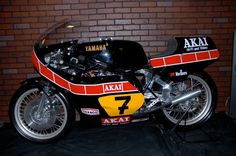 2 STROKE BIKER BLOG: Barry Sheen 1980 Yamaha Yamaha TZ 500. If I had $60,000 I'd buy this bike.