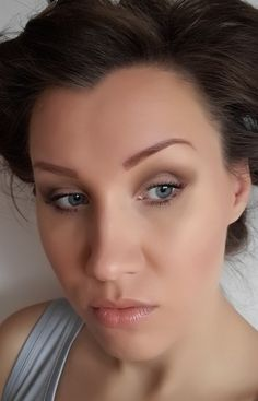 How to create a natural look for photo?  http://janesbeauties.blogspot.sk/2014/11/jesenne-foto-licenie-s-elfom.html