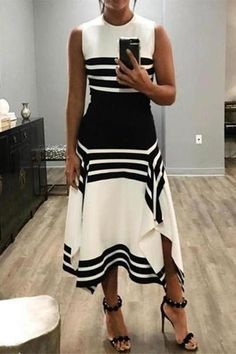 The round neck side slit striped skater dress with sleeveless is so loose and you will love it. Women's Dresses, Casual Dresses, Skater Dresses, Dress Prom, Tank Dress, Dress Long, Fashion Dresses, Maxi Dress Summer, Outfit Summer