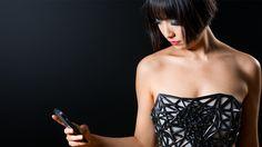 Uma roupa que fica transparente quando você usa o Google — Shutterstock Blog Brasil