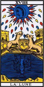 La Lune représente dans le tarot divinatoire le champ de l inconscient, du  subconscient. Elle est là représenter le for intérieur de l individu, ses  peurs, ... b10f2c492f09