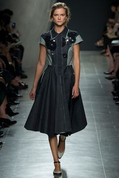 Spring 2015 Ready-to-Wear - Bottega Veneta #Apostolicfashion #modestfashion #modestdress #tzniutfashion #classicdress #formaldress #kosherfashion #apostolicclothing