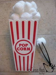 Popcorn Fine Motor Busy Bag (learning activity) for Toddlers and young children.  Self-contained activity. $6.00, via Etsy.