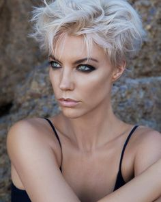 60 Short Hairstyles For Women 2019 - - Short Hairstyles - Hairstyles 2019 Short Hairstyles For Women , From the pixie to the bounce and regular to restless styles, there are numerous perfect short hair styles that will Short Wavy Hair, Short Hair Cuts For Women, Girl Short Hair, Long Pixie, Thin Hair, Short Silver Hair, Short White Hair, Black Hair, Short Haircuts With Bangs