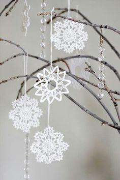 2015 Christmas hanging crochet snowflakes garland with Branches and bead - Christmas decoration, hanging craft Beaded Christmas Decorations, Crochet Christmas Ornaments, Christmas Snowflakes, Christmas Knitting, White Christmas, Christmas Crafts, Xmas, Christmas Tree, Crochet Snowflake Pattern