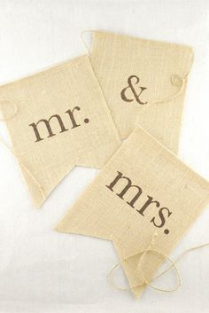 mr-mrs-burlap-banner-1