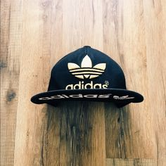 Black   Gold Adidas Fitted Cap Black Gold M Adidas fitted cap Adidas  Accessories Hats Adidas fe519dd0cca