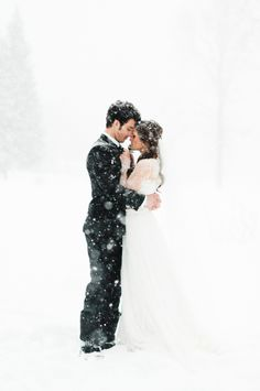 38 Couples Who Absolutely Nailed Their Winter Wedding wedding winter Wedding Poses, Wedding Photoshoot, Wedding Couples, Wedding Themes, Wedding Dresses, Winter Wedding Inspiration, Wedding Photography Inspiration, Perfect Wedding, Dream Wedding