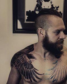 and Seductive Raven Tattoo Designs - 23 Mystique and Seductive Raven Tattoo Designs Mystique and Seductive Raven Tattoo Designs - 23 Mystique and Seductive Raven Tattoo Designs - Check out our website for more Tattoo Ideas 👉 samoan tattoos h. Crow Tattoo For Men, Crow Tattoo Design, Tattoo Designs Men, Tattoos For Guys, Dark Tattoos For Men, Norse Tattoo, Celtic Tattoos, Viking Tattoos, Chest Piece Tattoos