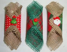 Cute Jute wraps to attach as decor; can also be used as napkin rings. Christmas Napkins, Christmas Sewing, Handmade Christmas, Christmas Time, Burlap Crafts, Diy And Crafts, Holiday Crafts, Holiday Decor, Christmas Stockings