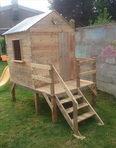 Pallet Playhouse for Kids-Friendly Backyard