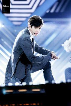 • EXO ✹ BYUN BAEKHYUN •'s photos – 178 albums   VK