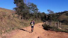 Viajar correndo: Ultramaratona dos Anjos, por Otávio Porto. A Ultramaratona dos Anjos Internacional, a UAI, é uma prova de trail run que acontece em Minas Gerais. Ela inicia-se em Passa Quatro e são 217 Km passando por diversas cidades e lugarejos da região. Há distâncias menores que podem ser percorridas pelos corredores de montanha. Considerada, por muitos, como a ultra mais dura do Brasil. A ultramaratona mais dura do Brasil.