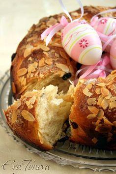 Kozunak - Bulgarian Easter bread