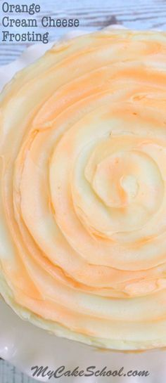 Light, flavorful, and perfect with our Dreamsicle Cake! By , Online Cake Decorating Tutorials and Recipes! Orange Frosting, Icing Frosting, Frosting Recipes, Cupcake Recipes, Cupcake Cakes, Dessert Recipes, Cake Icing, Homemade Frosting, Car Cakes