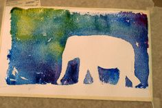 Watercolor silhouettes. I so want to try these with the kids, very pretty.