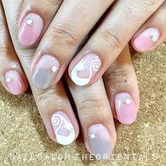 ✨. . #浦和ネイルサロン #ネイルサロン #ネイル #ネイルデザイン #ネイルアート #パラジェル #ネコ #白ネコ #フレンチネイル #nail #nailsalontheorientals