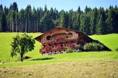 Bauernhof 1804847 in Hopfgarten im Brixental - Casamundo Hopfgarten Im Brixental, Hotels, Cabin, House Styles, Home Decor, Blue Prints, Cottage House, Decoration Home, Room Decor