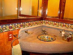 CJ Spanish Haciendas, Dream Shower, Mexican Kitchens, Ranch Remodel, Spanish Style, Inspired Homes, Bathroom Inspiration, Small Bathroom, Bathroom Ideas