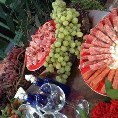 Mesa de uvas