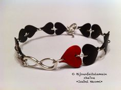 This video shows you how to make a never ending love bracelet using bike inner tube and Nespresso capsules. We hope you like the video - Inner bike tube (you. Metal Jewelry, Jewelry Findings, Beaded Jewelry, Handmade Jewelry, Diy Nespresso, Bracelet Making, Jewelry Making, Baubles And Beads, Coffee Pods