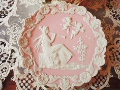 Wedgewood (via Limoges♥Dresden) I have this in white and in pink, didn't know where it was from, Thank you!!!
