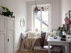 Marchetaria: what is it, types and photos of inspiring environments - Home Fashion Trend Small Space Living, Small Spaces, Living Spaces, Scandinavian Interior Bedroom, Interior And Exterior, Interior Design, Headboards For Beds, Elle Decor, Small Apartments