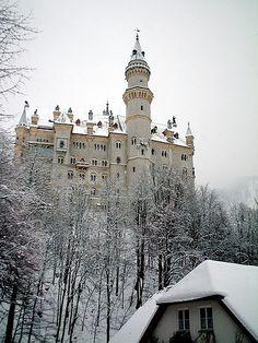 Neuschwanstein Castle [Fussen / Germany]*-*.