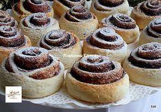 Receptek, és hasznos cikkek oldala: Villámgyors kakaós csiga Sweet Tooth, Recipies, Cheesecake, Muffin, Dessert Recipes, Food And Drink, Cookies, Baking, Breakfast