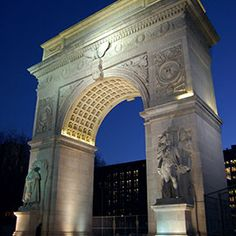 Autumn in New York: What to Do, Eat and Drink | Take a Ghost Tour at Washington Square Park