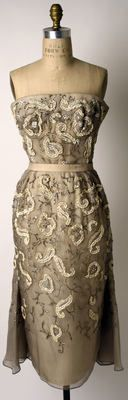 Dior 1951;  How gorgeous is this?!