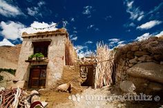 Traditional Tibetan house in Ladakh; Jammu and Kashmir, India   India Travel and Underwater Photography by Tommy Schultz