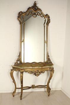 Consolle con specchio in stile Neoclassico retta da gambe ...