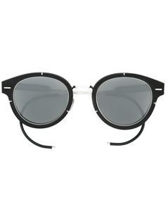 Shop designer sunglasses for men at Farfetch for serious specs appeal. Luxury Sunglasses, Dior Sunglasses, Sunglasses Sale, Sunnies, Fall Chic, Sunglasses Women Designer, Cool Glasses, Swagg, Eyewear