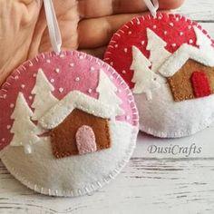 Handmade Christmas Decorations, Felt Decorations, Felt Christmas Ornaments, Diy Ornaments, Beaded Ornaments, Glass Ornaments, Vintage Ornaments, Vintage Santas, Christmas Sewing