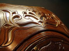 Leather armor by Zoltán Koszta, via Behance Leather Armor, Leather Tooling, Leather Bag, Armour Tattoo, Leather Projects, Leather Crafts, Viking Reenactment, Female Armor, Leather Carving