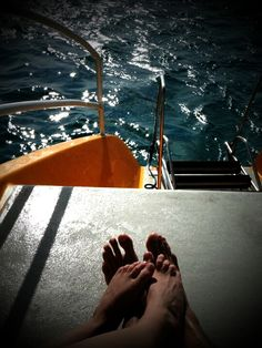 Reminds me of the Catamaran in Grand Cayman with Komplique :)