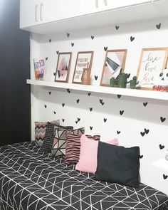 Plush teen girl bedrooms inspiration for the impressive teen girl room decor, pin suggestion 2025597796 Girl Bedroom Designs, Girls Bedroom, Living Room Decor, Bedroom Decor, Bedroom Ideas, Bedroom Colors, Stylish Bedroom, Dream Rooms, New Room