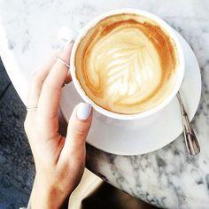Disfrutando el Domingo con un buen Café Feliz Día! http://anahilarski.com/ #panama #coffee #coffeetime #picoftheday #photooftheday #coffeelover #instadaily #instagood #coffeegram #loveit