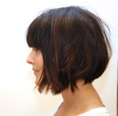 Cute growing out look, a textured and grown up long bob