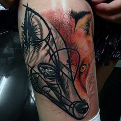 Guys Thighs Half Colored And Half Black Fox Tattoo