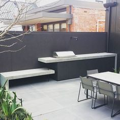 Attributes In Bbq Grilles Purchasing – Outdoor Kitchen Designs Outdoor Rooms, Outdoor Dining, Parrilla Exterior, Modern Outdoor Kitchen, Outdoor Kitchens, Casa Patio, Built In Grill, Bbq Area, Outdoor Fire