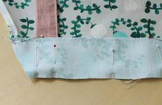 子ども(キッズ)用エプロンの作り方 Floral Tie, How To Make, Accessories, Children, Tela, Japanese Clothing, Young Children, Boys, Kids