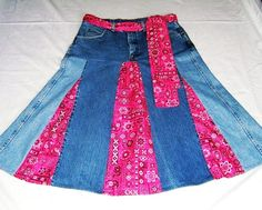 Country western, one of a kind upcycled jean denim skirt with bright pink bandana print fabric inserts - Print: Key of how to chic: clever denim skirt 卐 .upcycled jean denim skirt - would prefer with tonal blues in the infill sections.Most ways to dress Sewing Clothes, Diy Clothes, Denim Ideas, Denim Crafts, Old Jeans, Refashioning, Bandana Print, Diy Fashion, Upcycle