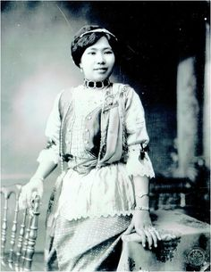 Hisociety Siamese Woman during King Rama VI reign  สาวไฮโซสมัยรัชกาลที่ ๖