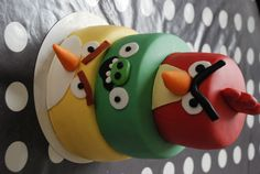 Angry Bird cake awesome Isaiah would love this !!