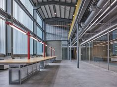 waterfrom design transforms a old factory specializing in water dispenser production and sales using transparent plastic sheets and mesh. Workshop Architecture, Industrial Architecture, Architecture Drawings, Architecture Details, Interior Architecture, Transparent Plastic Sheet, Industrial Office Design, Warehouse Design, Steel Beams
