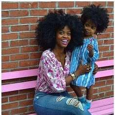 Loving the mummy and child matching afro Pelo Natural, Natural Hair Care, Natural Hair Styles, Natural Beauty, Natural Curls, Scene Hair, Big Hair, Your Hair, Wavy Hair