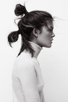 Black and white portrait shooting by photographer Henrik Adamsen with beautiful Isabella. Hair Inspo, Hair Inspiration, Pelo Editorial, Rey Star Wars, Messy Hairstyles, Hairstyle Ideas, Wedding Hairstyles, Hair Day, Her Hair